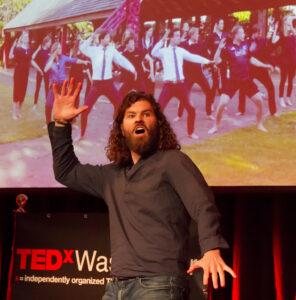 Anneke Brouwer TEDxWassenaar Organizer and Systemisch Public Speaking Coach