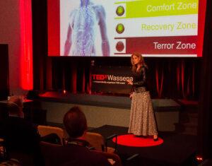 Anneke Brouwer Stemprofessional & Sprekerscoach | Public Speaking Coach & Executive Voice Expert TEDxWassenaar